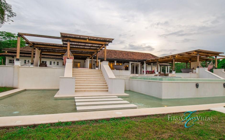 Villa conchita costa rica villa rentals costa rica vacations for Luxury rentals costa rica