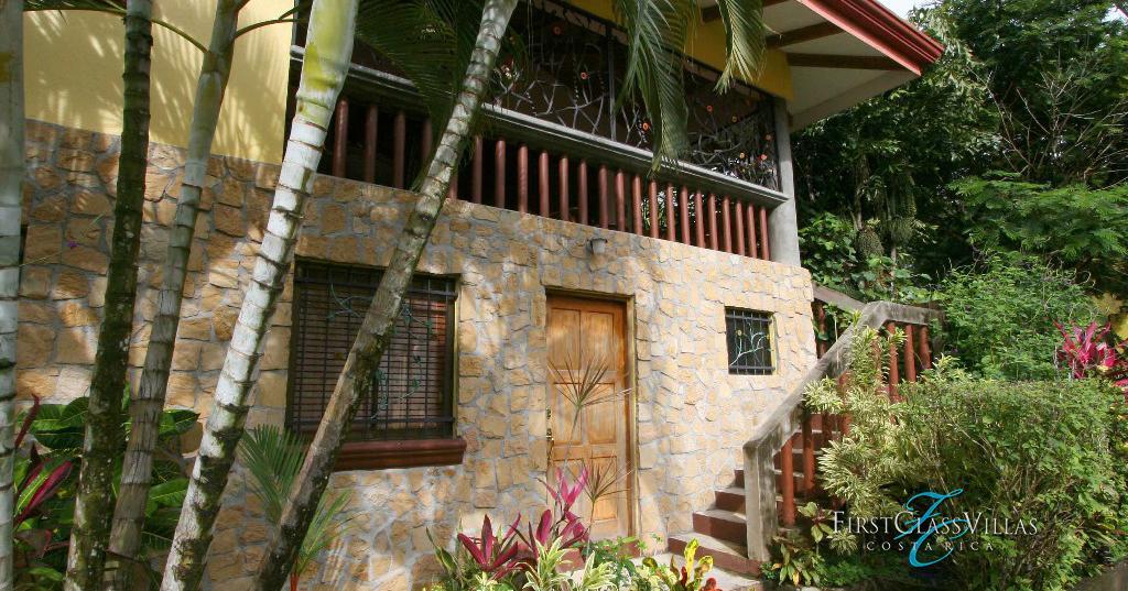 Villa amarilla costa rica villa rentals costa rica vacations for Costa rica villas to rent