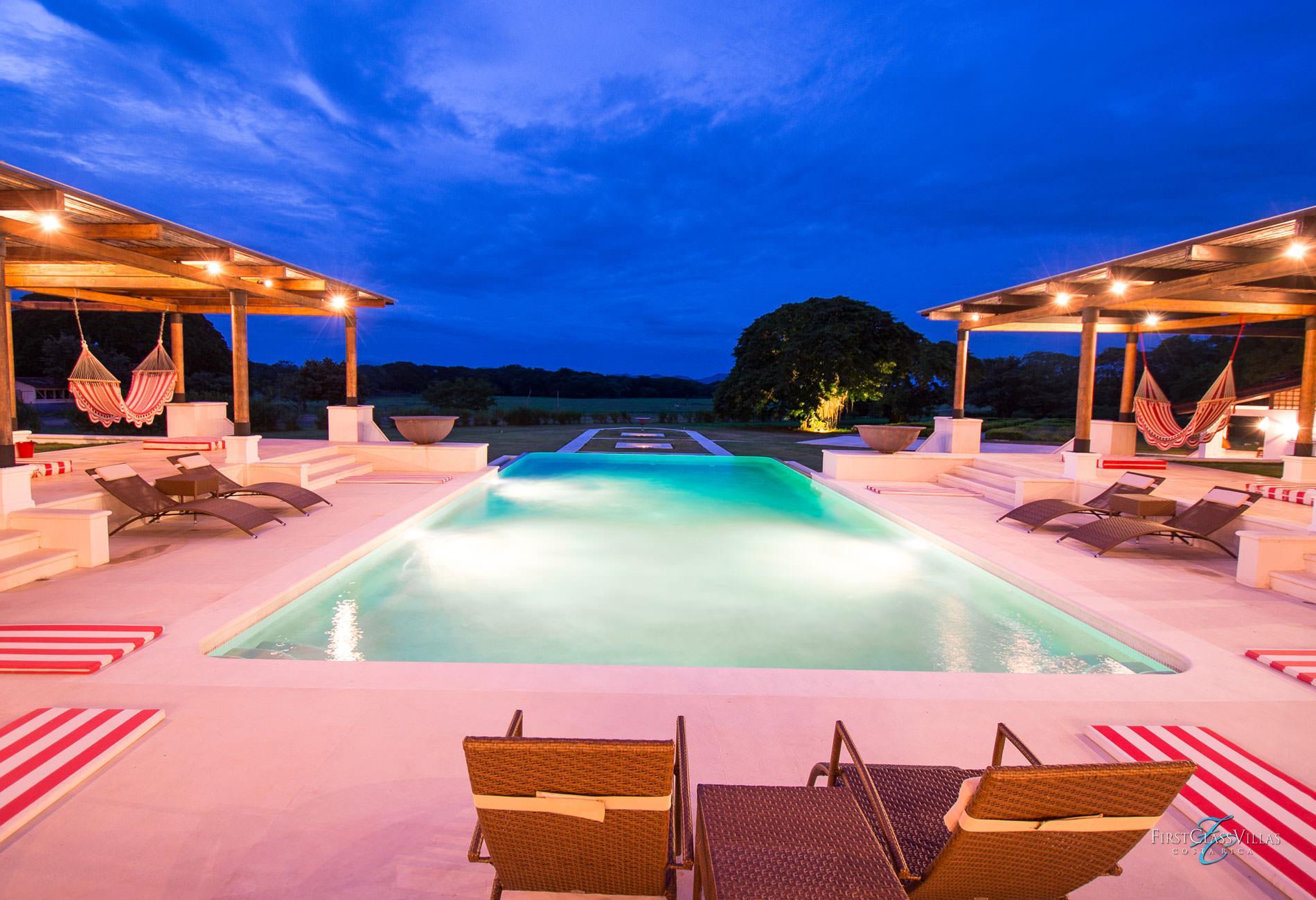 Villa conchita costa rica villa rentals costa rica vacations for Rent a villa in costa rica