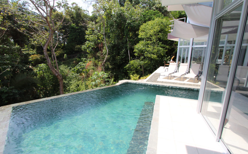 villa arbol pool from balcony
