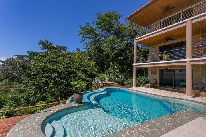 villa-angel-pool view