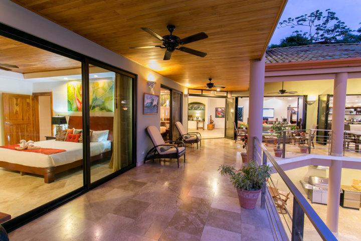 villa-angel-inner-balcony